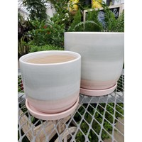 Horizon Planter With Saucer