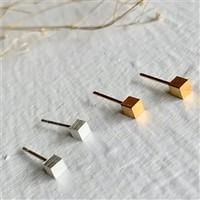 6 Minimalist Cube Studs