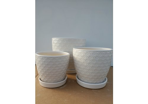 Dutch Growers Ceramic Pot With Saucer White Lattice
