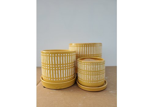 Dutch Growers Ceramic Pot With Saucer Yellow Lines