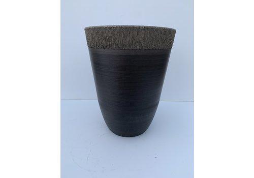 Glenhaven Home & Holiday Ribbed Brim Plastic Pot