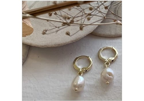Pika & Bear Ruth One Touch Drop Freshwater Pearl Earring Gold
