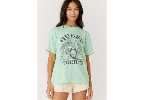 Daydreamer Queen Tour 75 Weekend Tee