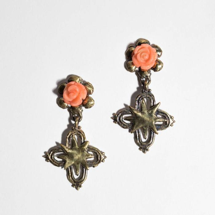 Mondo Mondo- Rose Cross Earrings