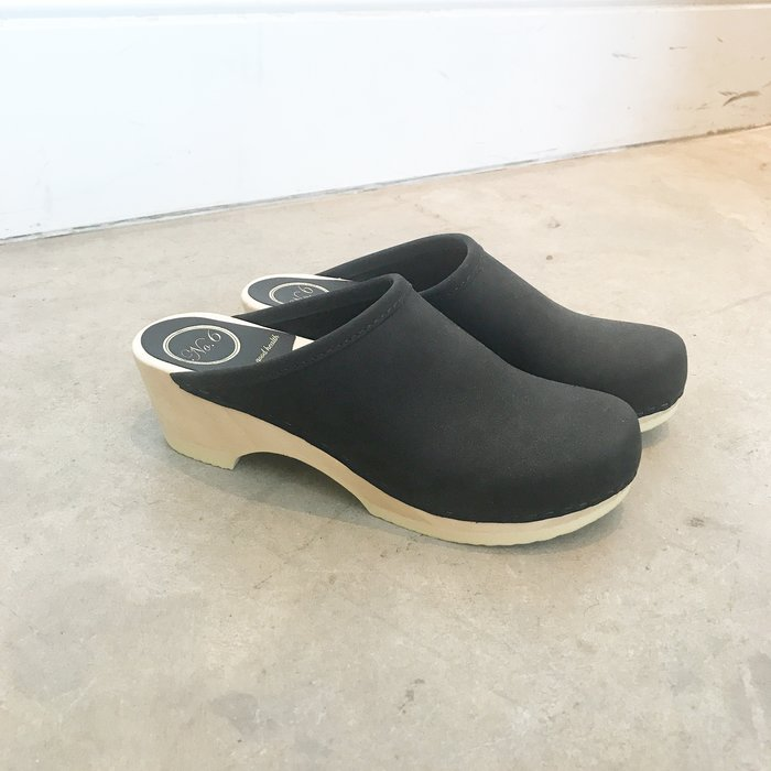 No. 6 Valley Clog Low Base Midnight