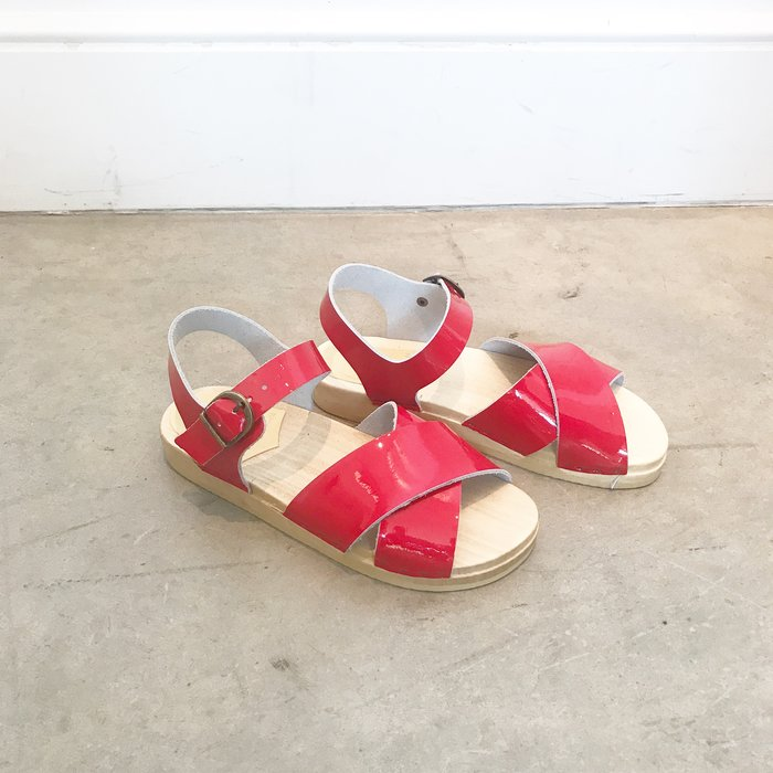 No. 6 Coco Cross Front Sandal Flat Red