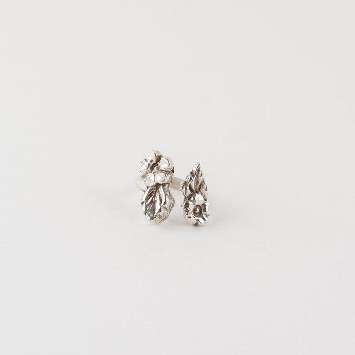 Saint Claude Open Flower Ring - Silver