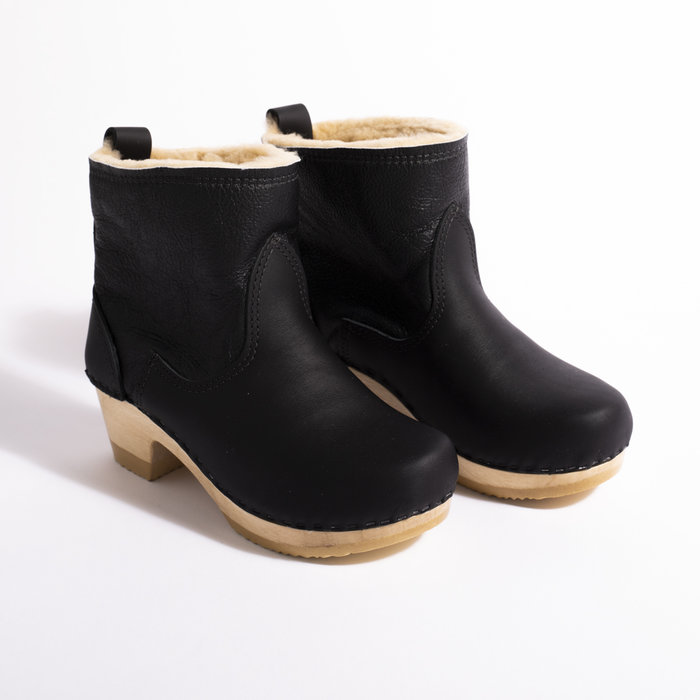 No. 6 Pull on Shearling Clog Boot on Mid Heel