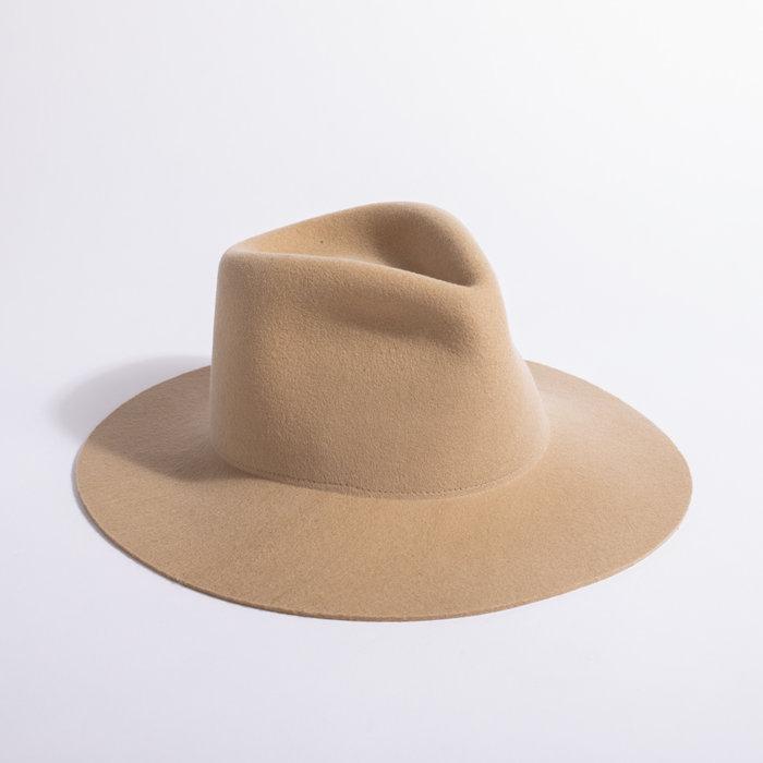 Clyde Short Brim Pinch Hat w/ Neck Shade - Camel