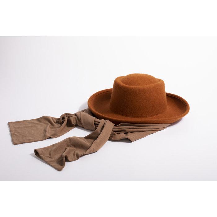 Clyde Gambler Hat w/ Neck Scarf - Rust