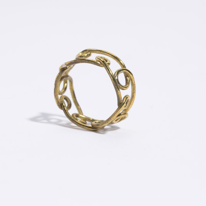 Aesa Loop Wire Ring