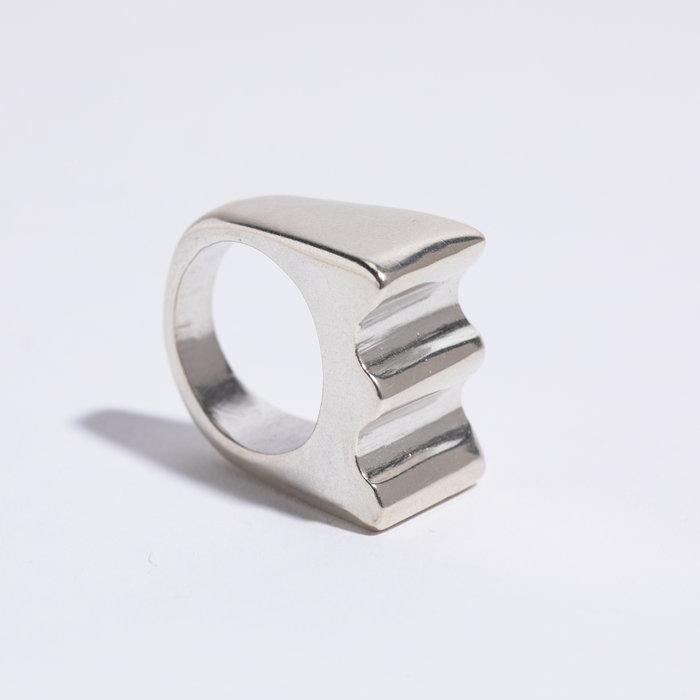 Dominique Ranieri Wave Signet Ring