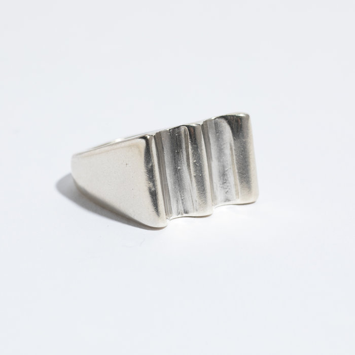 Dominique Ranieri Wave Signet Ring