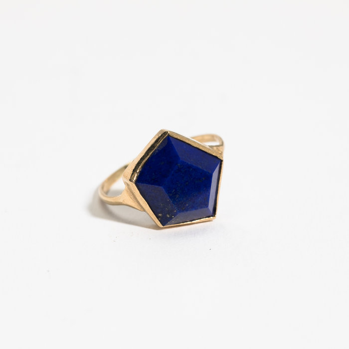 Aesa Hexagon Lapis Ring
