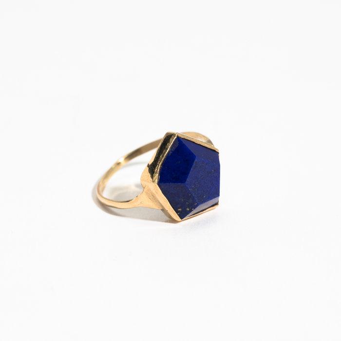 Aesa Hexagon Lapis Ring
