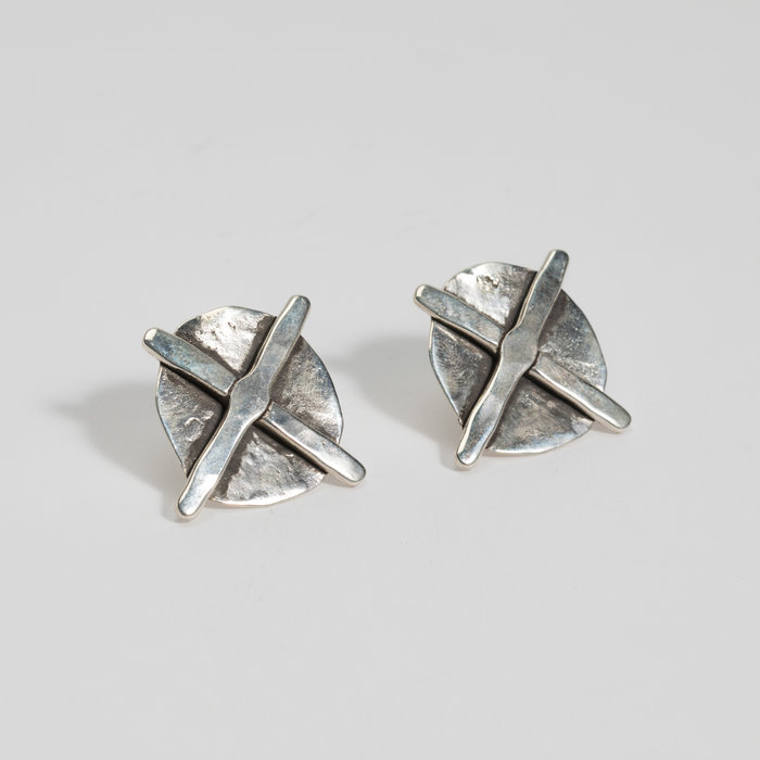 Plutonia Blue Shield Studs