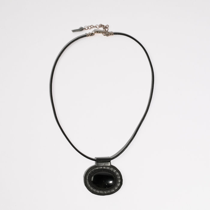 Robin Mollicone Carina Necklace with Onyx