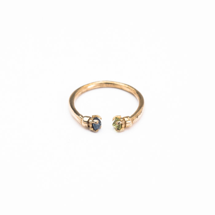 Aesa Mirror Ring with Blue Sapphire and Peridot