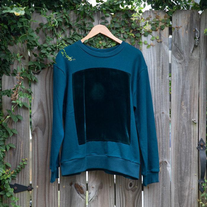 Correll Correll Velvet Square Sweatshirt