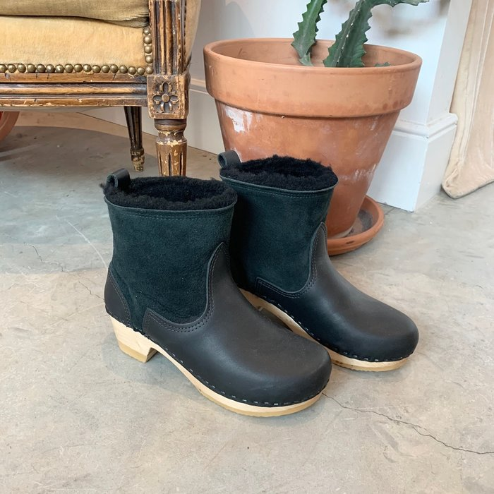 No. 6 Pull On Shearling Boot - Black
