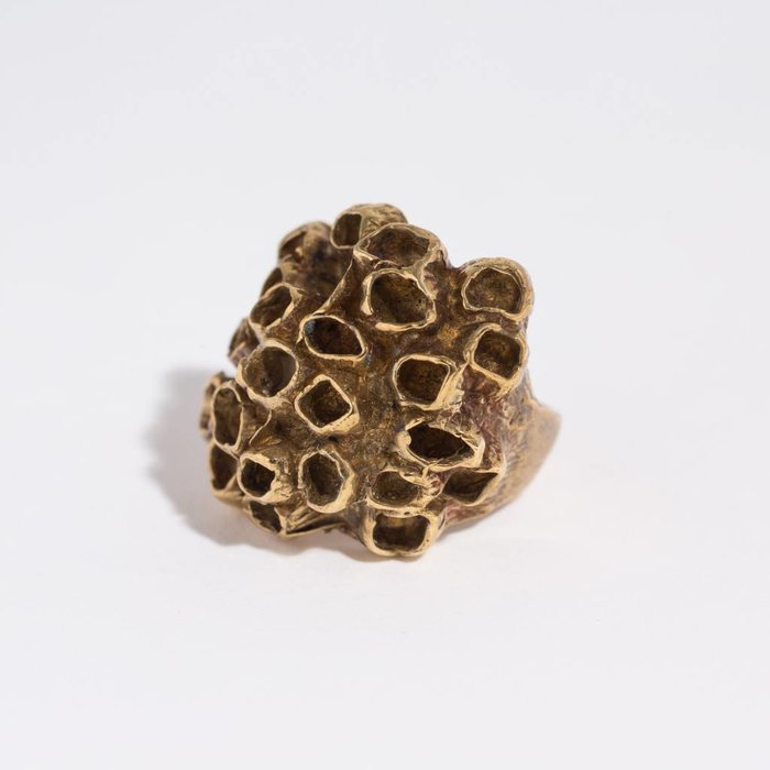 Saint Claude Barnacle Ring - Brass