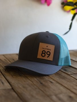 California 89 Capteur Cap, Snapback, Charcoal w/ Teal Mesh