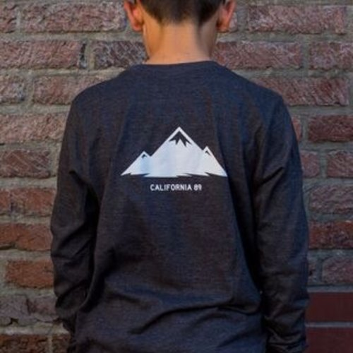 California 89 Mountains Are Calling Kid's Long Sleeve Tee
