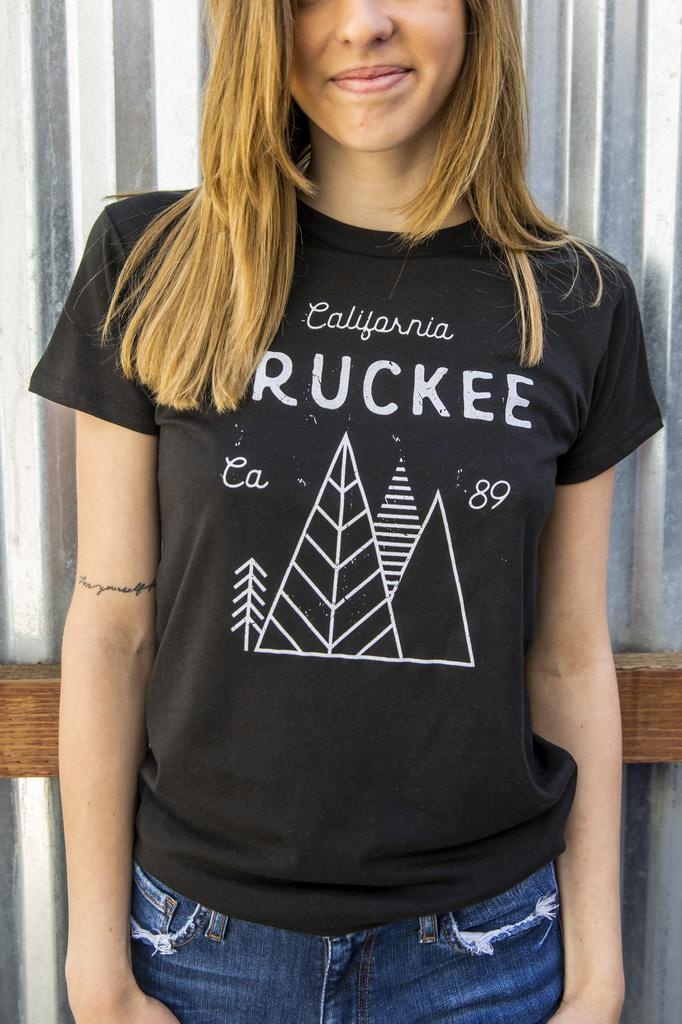 California 89 Women's short sleeve Truckee tshirt
