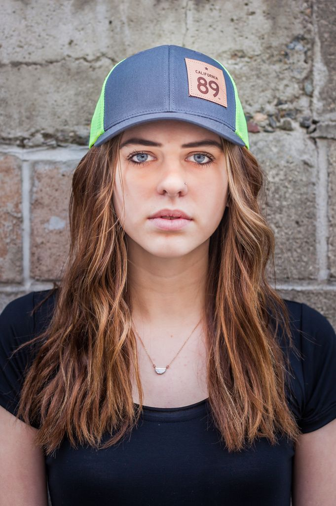 California 89 Neon Mesh Capteur Snapback Hat