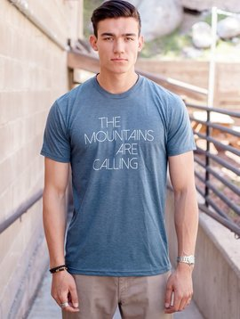 California 89 Men's short sleeve t-shirt, Mtns are calling front, Mtns back