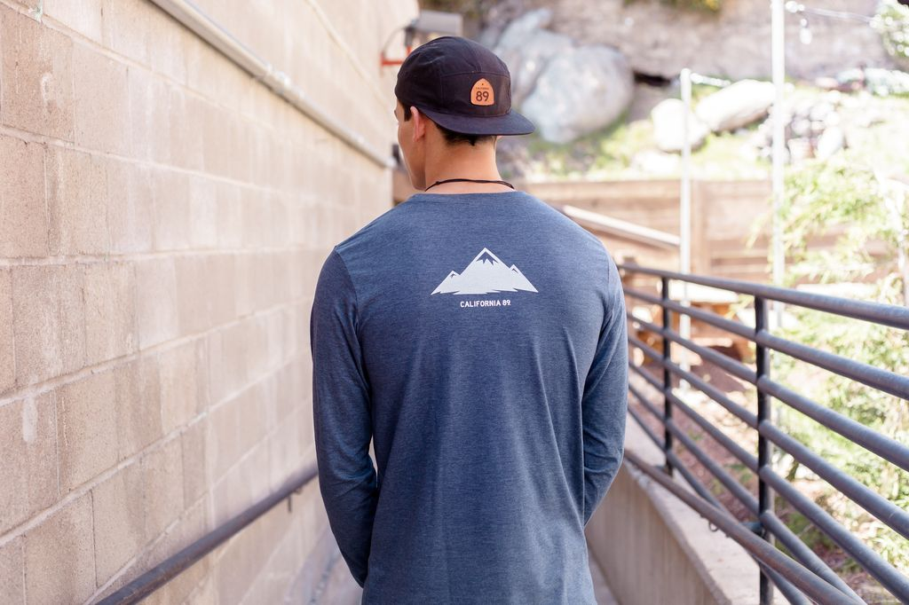 California 89 Mountains Are Calling Long Sleeve Men's Tee