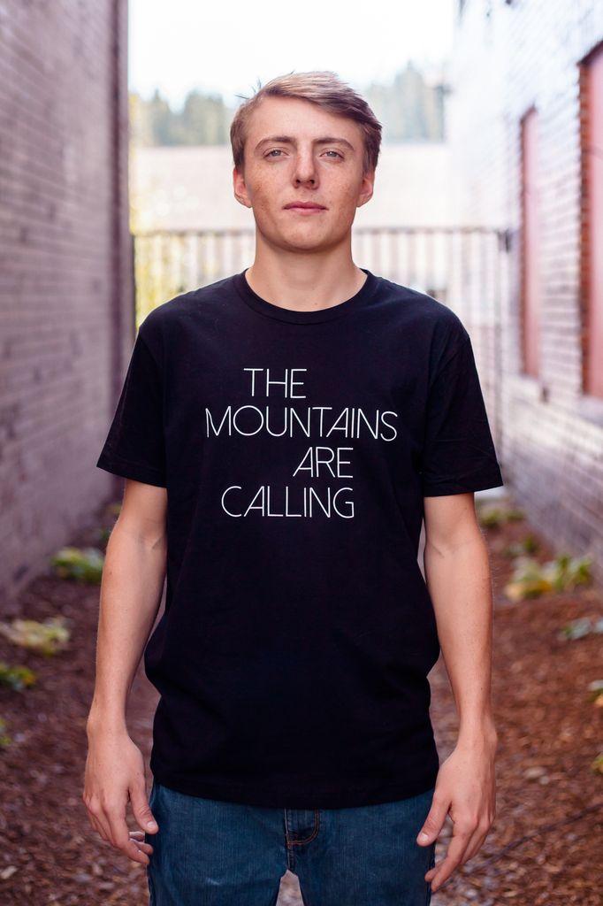 California 89 Mountains Are Calling Men's Tee