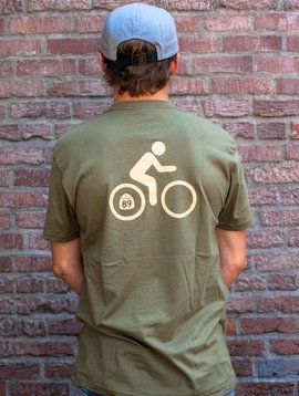 California 89 Men's Short Sleeve T-Shirt Shield on Front Bike on Back