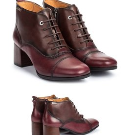 Pikolinos Lace-Up Sleek Bayona Booties