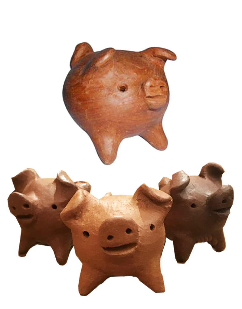 Tesoros Dark Clay 3 Leg Pig