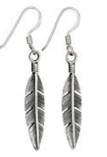 Tiger Mountain Detailed Small Feather Earrings