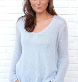 Wooden Ships Lightweight V-Neck Shirt Tails Sweater
