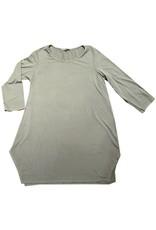 Cut Loose 3/4 Sleeve Long Rayon Jersey Top