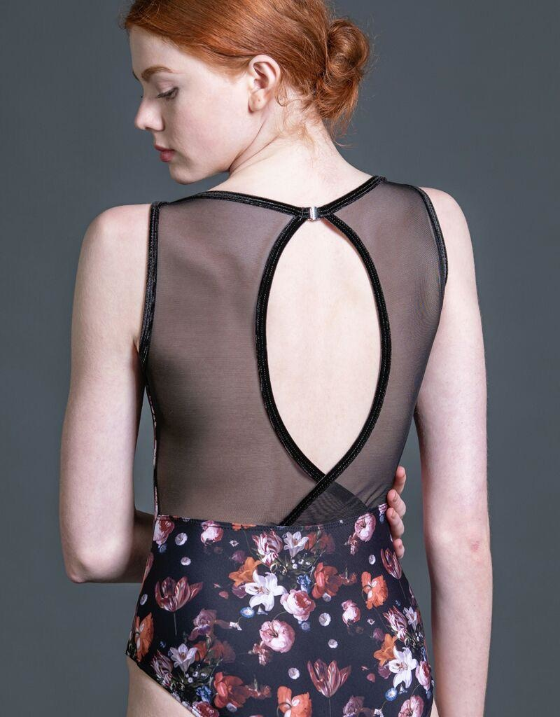 W/S Adult Apparel Dutch Love printed jewel neck with mesh fish back