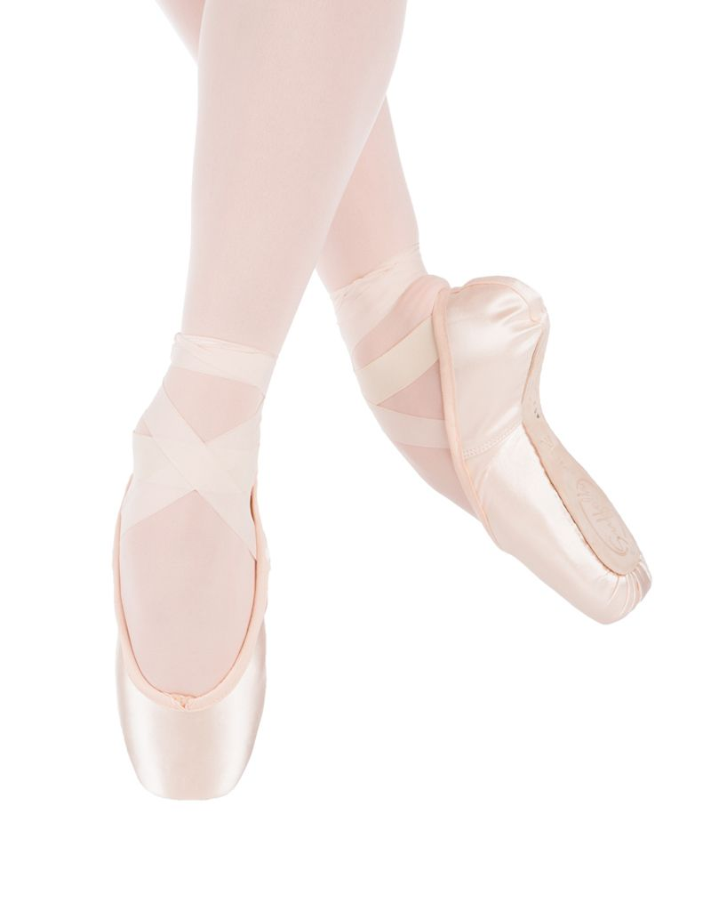 W/S Pointe Shoe Spotlight Standard