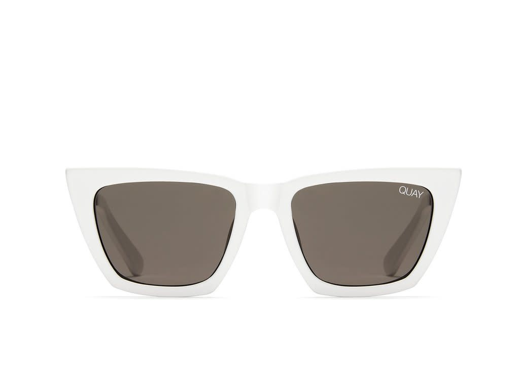 QUAY DON'T @ ME SUNGLASSES-WHITE/SMOKE