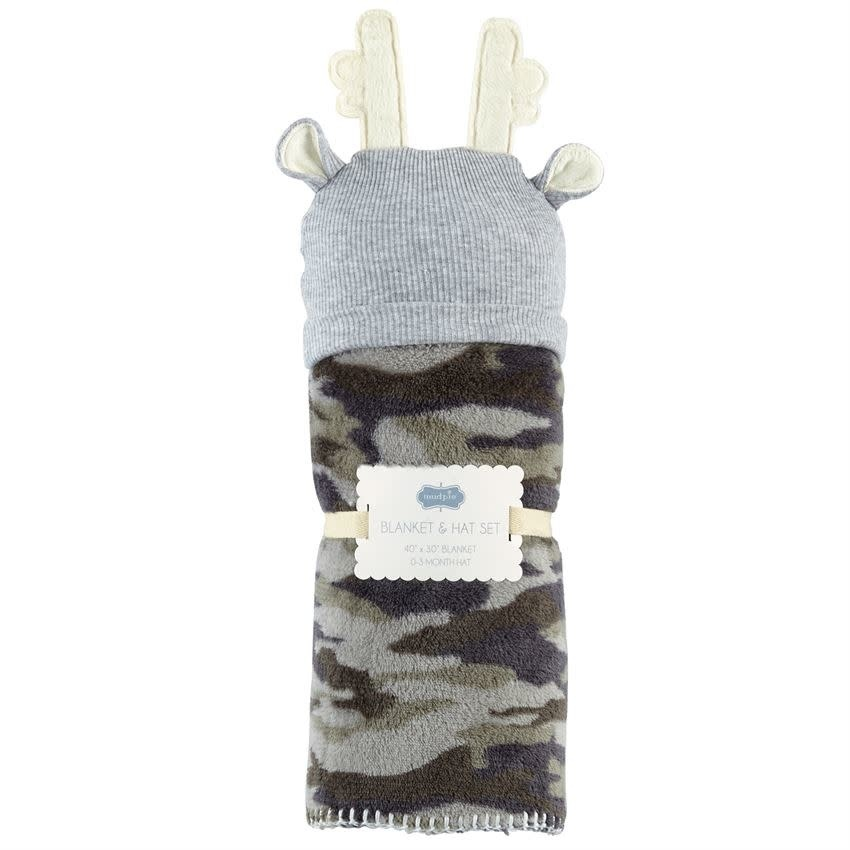 MUD PIE CAMO HAT AND BLANKET SET
