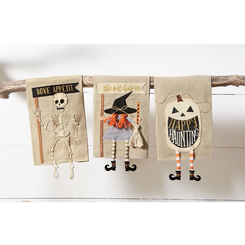MUD PIE HALLOWEEN DANGLE LEG TOWELS