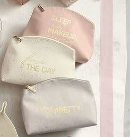 MUD PIE MAKEUP BAGS