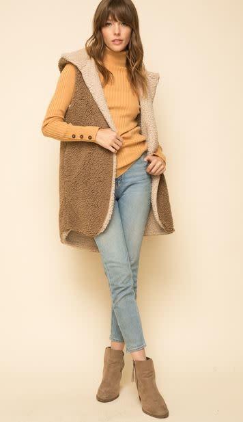 faux fur hoodie open vest