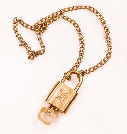 LV LOCK & KEY CHAIN NECKLACE