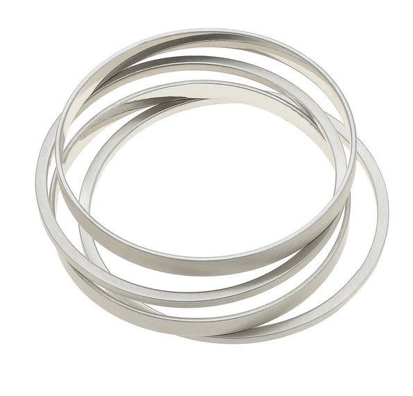 CANVAS CLEO BANGLE STACK IN SATIN SILVER, SET OF 4