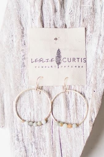 LESLIE CURTIS JEWELRY JODI GOLD WIRE HOOPS