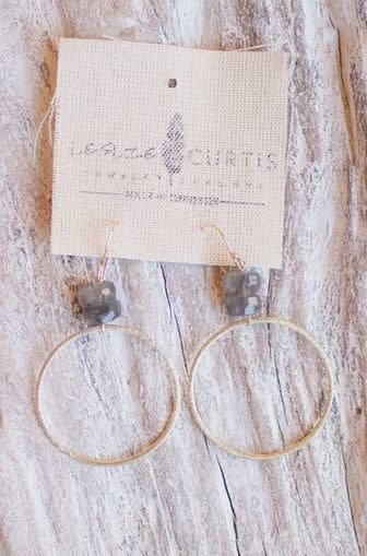 LESLIE CURTIS JEWELRY WILLA HOOPS