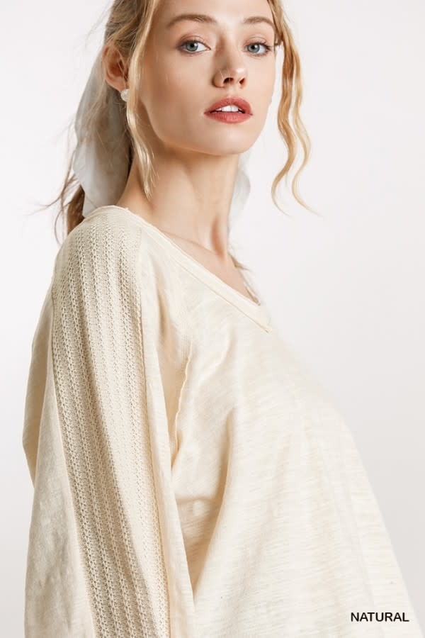 WIDE NECK TOP W/RAW EDGE DETAIL & PUFFED SLEEVES
